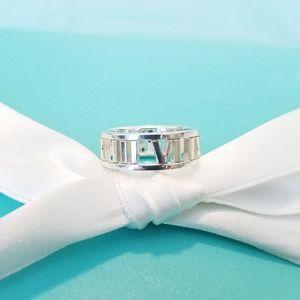 Atlas silver ring